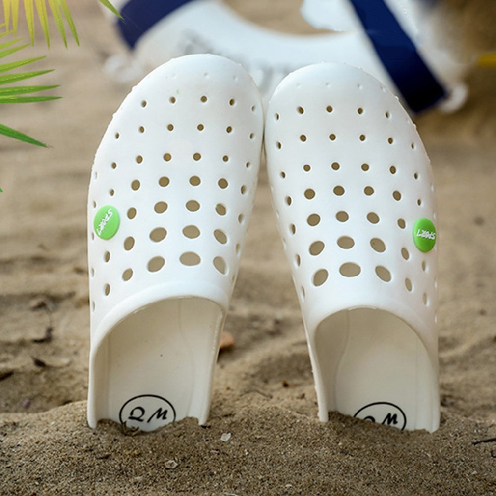 Summer Slippers Men Hollow Out Breathable Sandals Casual Slip-on Flats Sandals Casual EVA Beach Slippers Shoes
