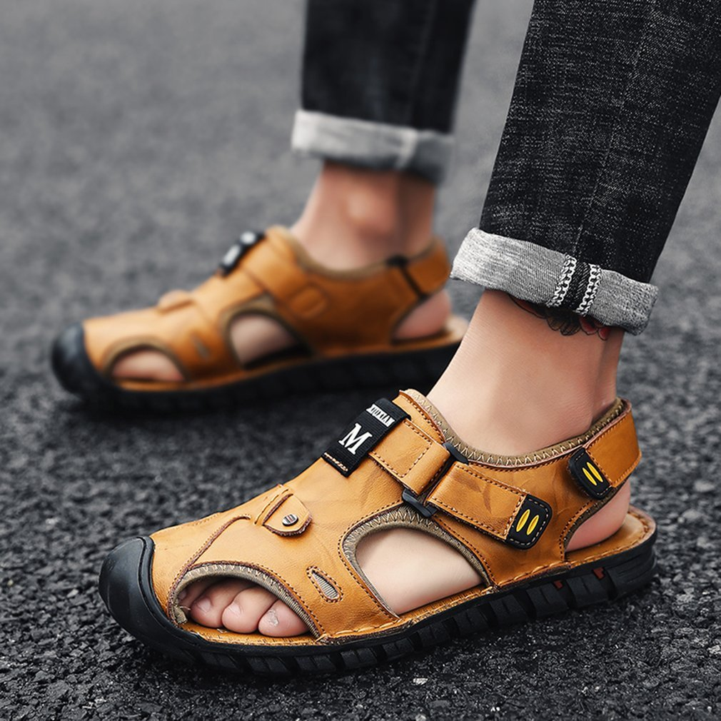 Fashion Summer Anti-slip Sole Slip-on Slippers Leather Flat Shoes Man Sandal Outdoor Beach Vacation Daily Casual Wear Shoes