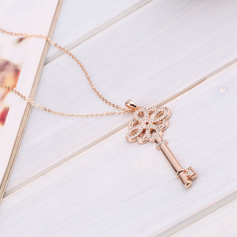 Elegant Fashion Charm Women Lady Vintage Chinese knot Key Sweater chain