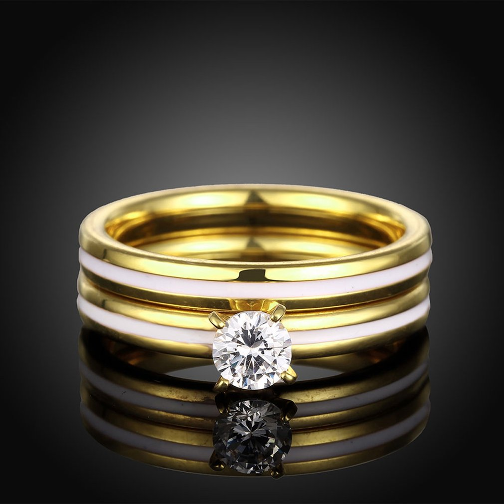 Double Ladyers Titanium Steel Women Ring European American Elegant Ladies Wedding Band Finger Ring With Big Zircon