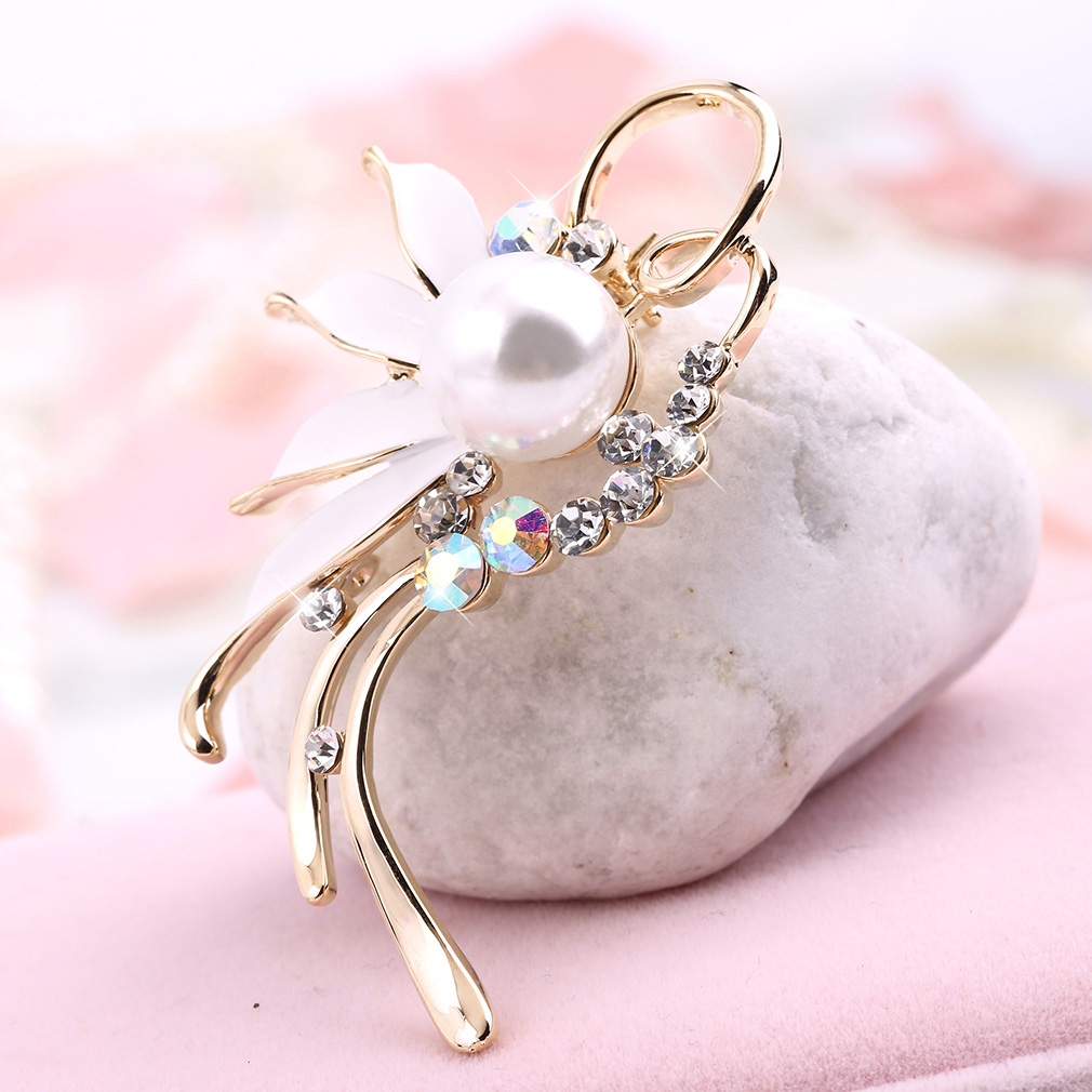 Women Lady Faux Pearl Flower Wedding Party Bridal Dress Brooch Pins Casual