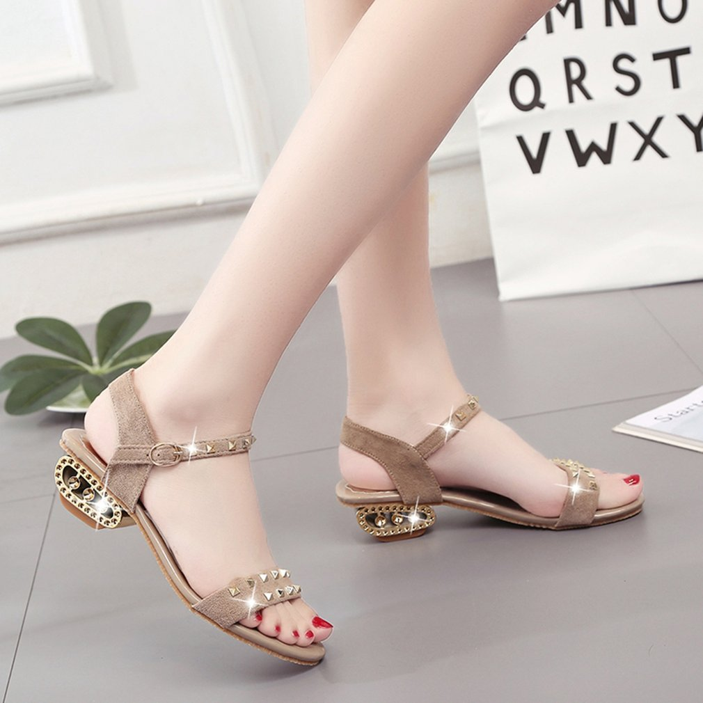 Korean Style Fashion Summer Sandals with Rivet Anti-skid Chunky Heel Open-toed Casual Sandals Elegant Female Shoes