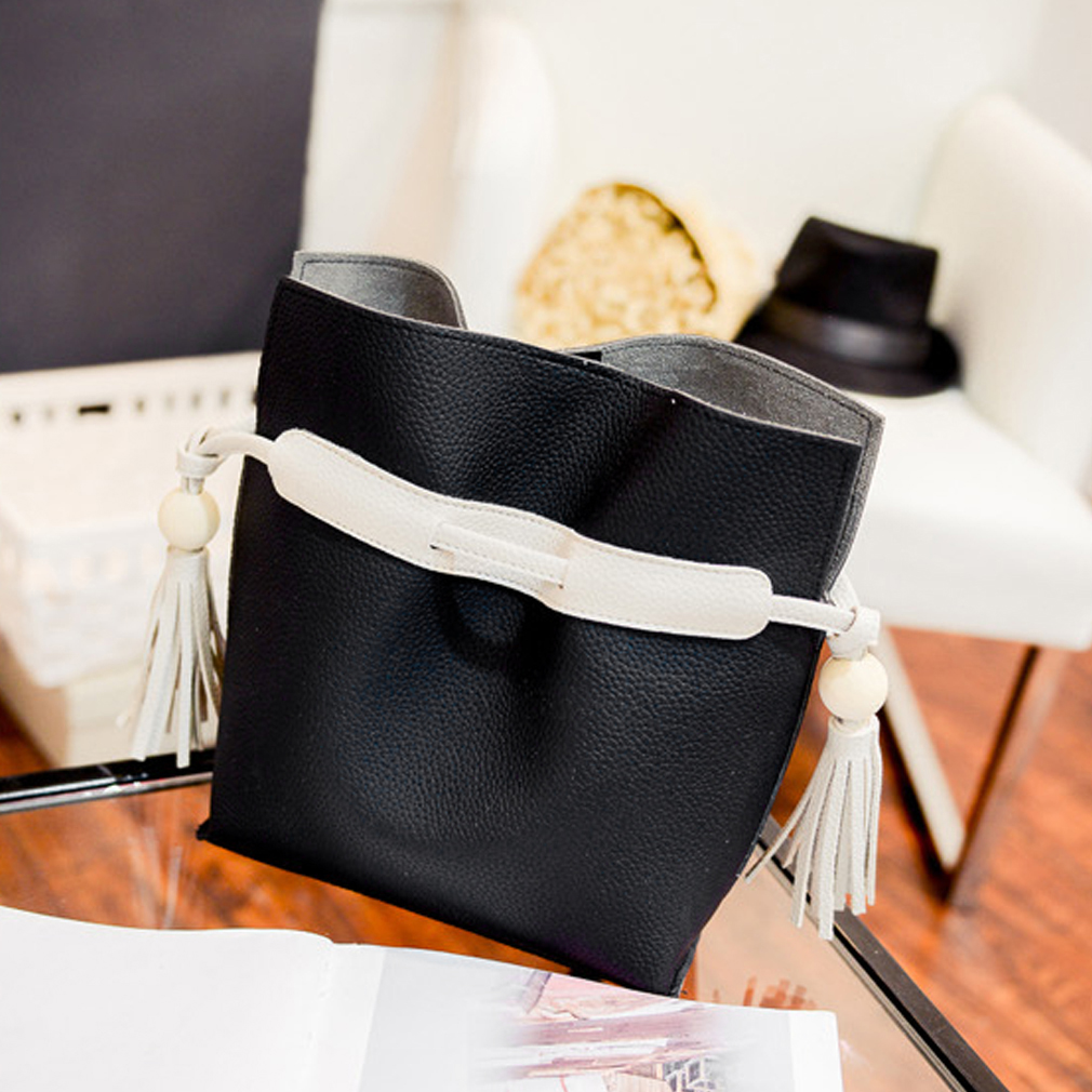 Elegant Style Women's PU Leather Barrel-shaped Bags with Tassel Decoration