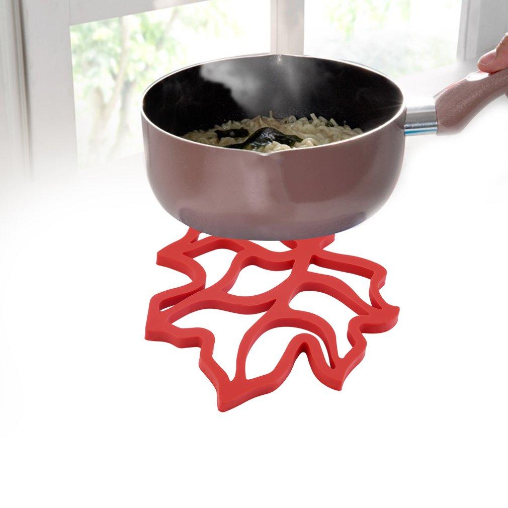 Fashion Maple Leave Heat Insulation Cup Coaster Anti-skid Non-slip Pad Mat