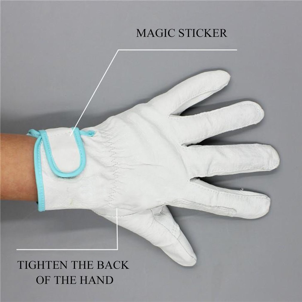 1 Pair of Working Gloves Wear Resistant Electric Welding Soldering Gloves