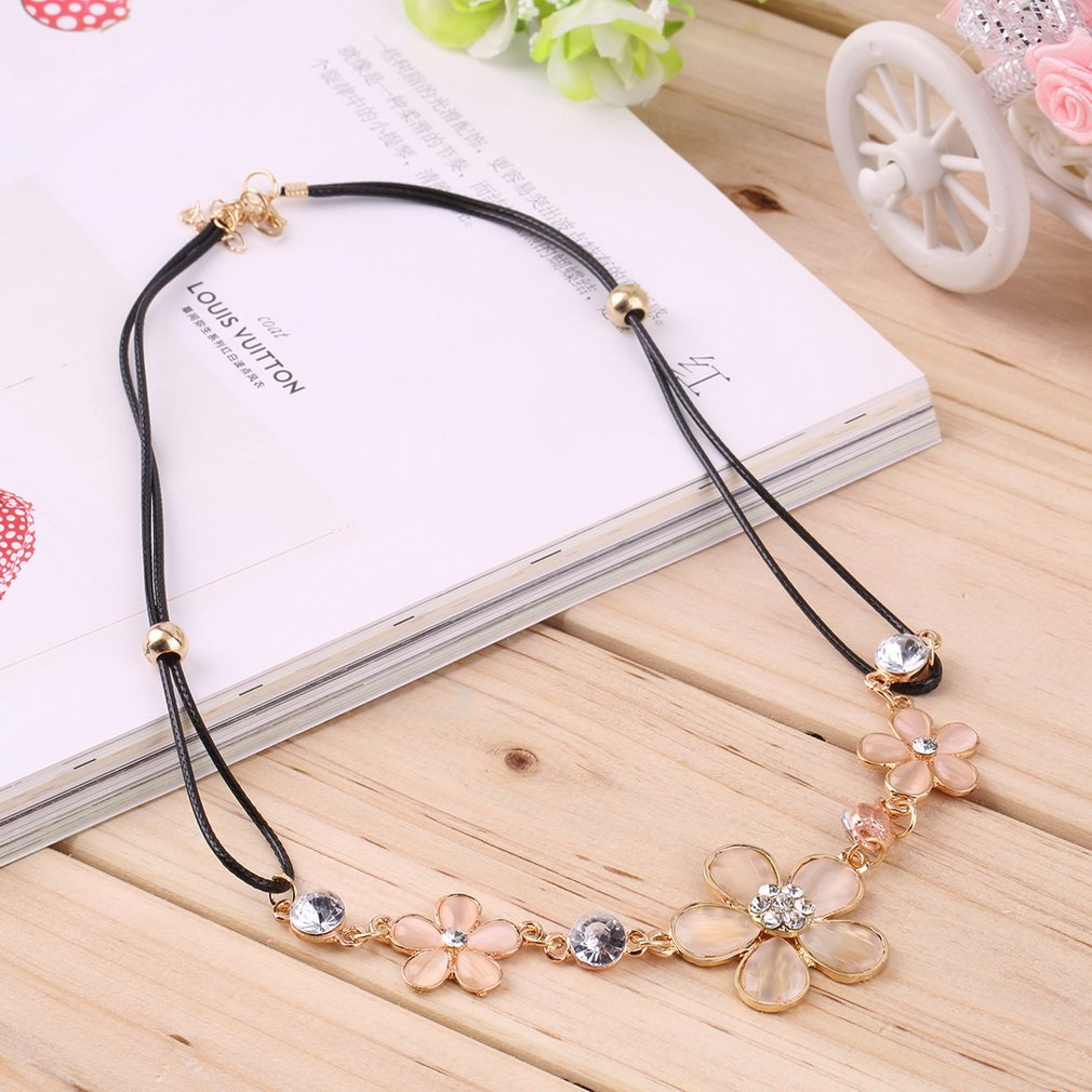 Korean Style Three-leaves Plum Flowers Opal Clavicle Necklace PU Chain