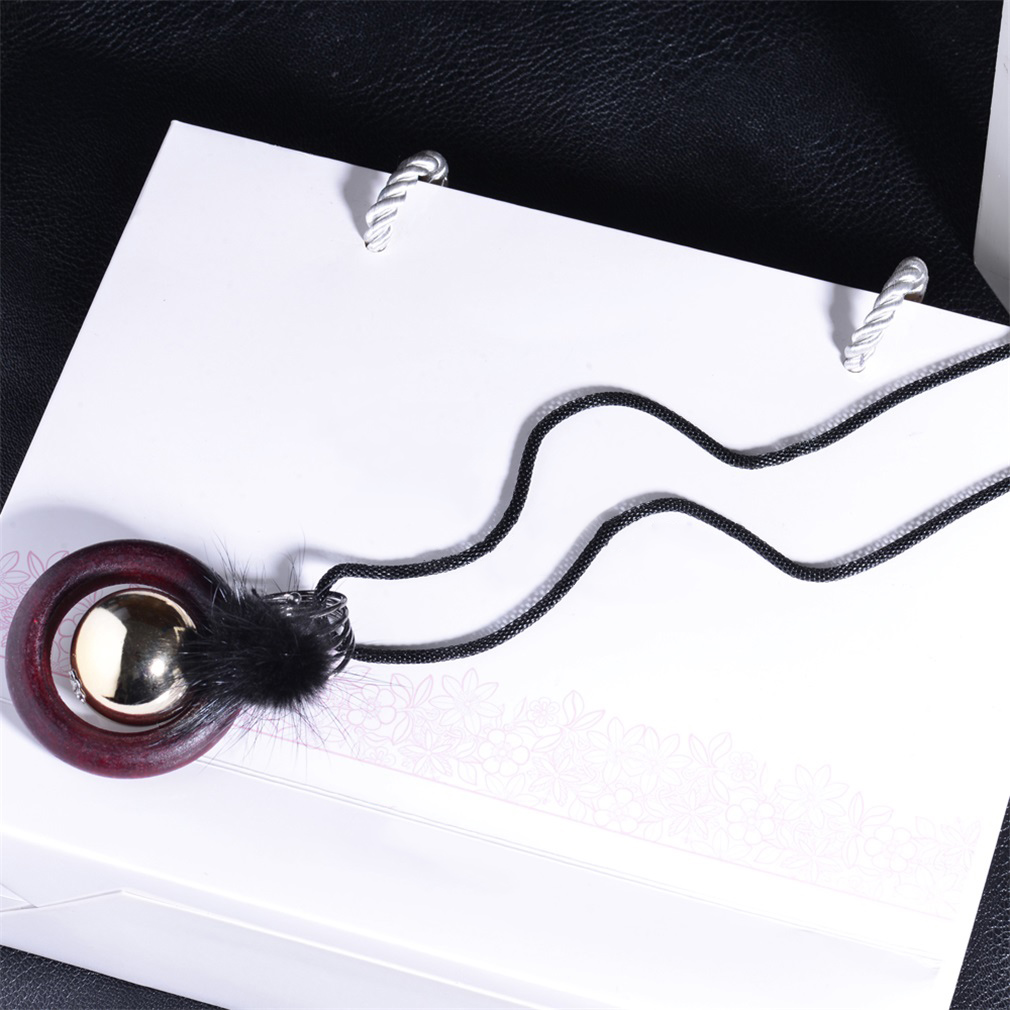 X0012 Vintage Women Necklace Special Design All Match Clothes Sweater Necklace