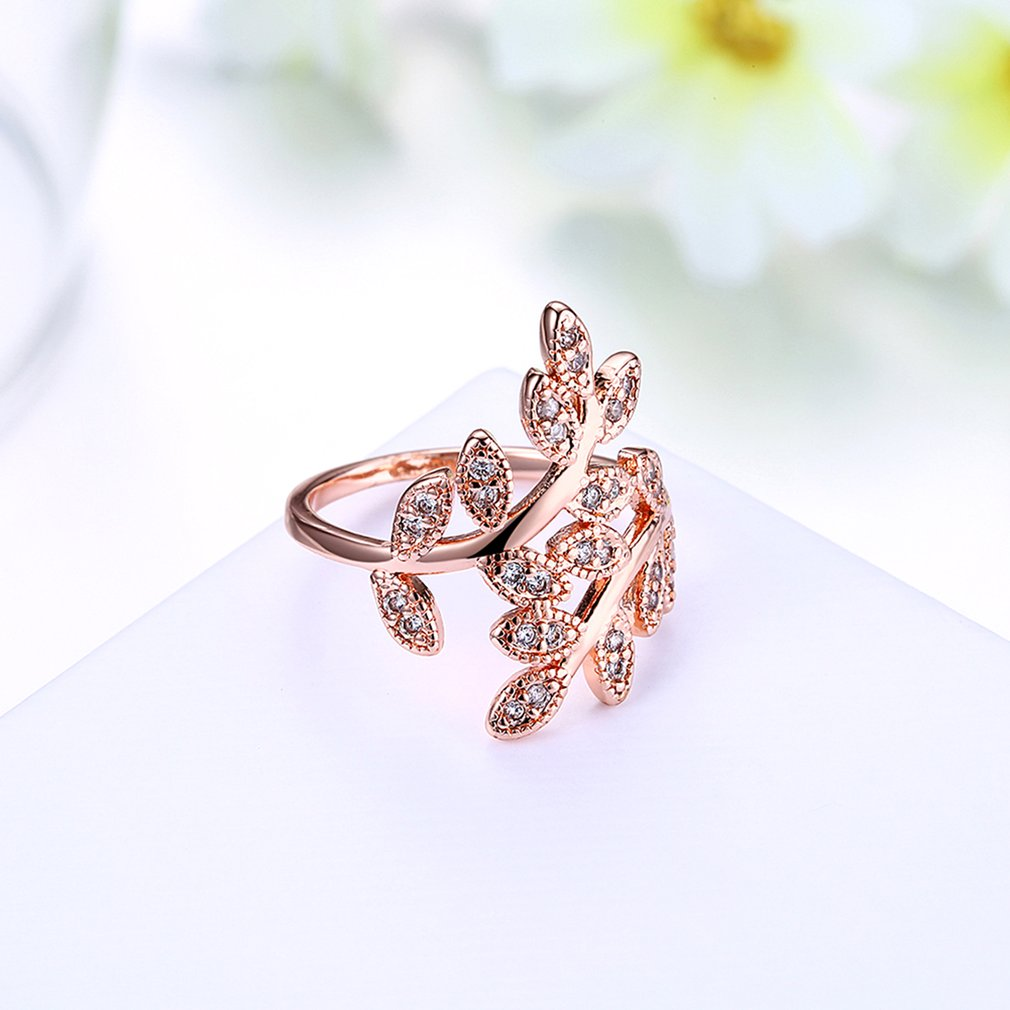 Classic Female Ring Jewelry Wedding Band Prong Setting Leaf Shaped For Party