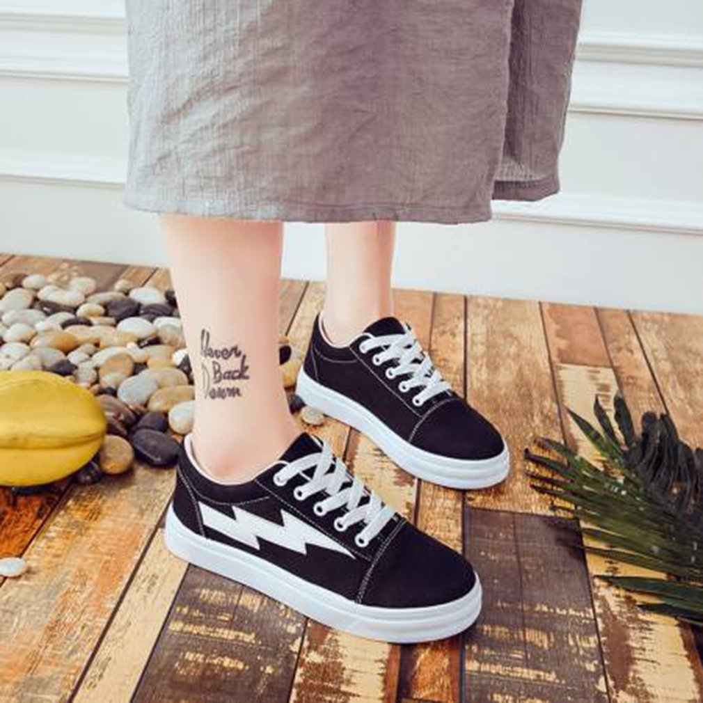 Korean Style Women Canvas Shoes Fashion Platform Flat Shoes Breathable Classic Low Top All-match Lace Up Shoes