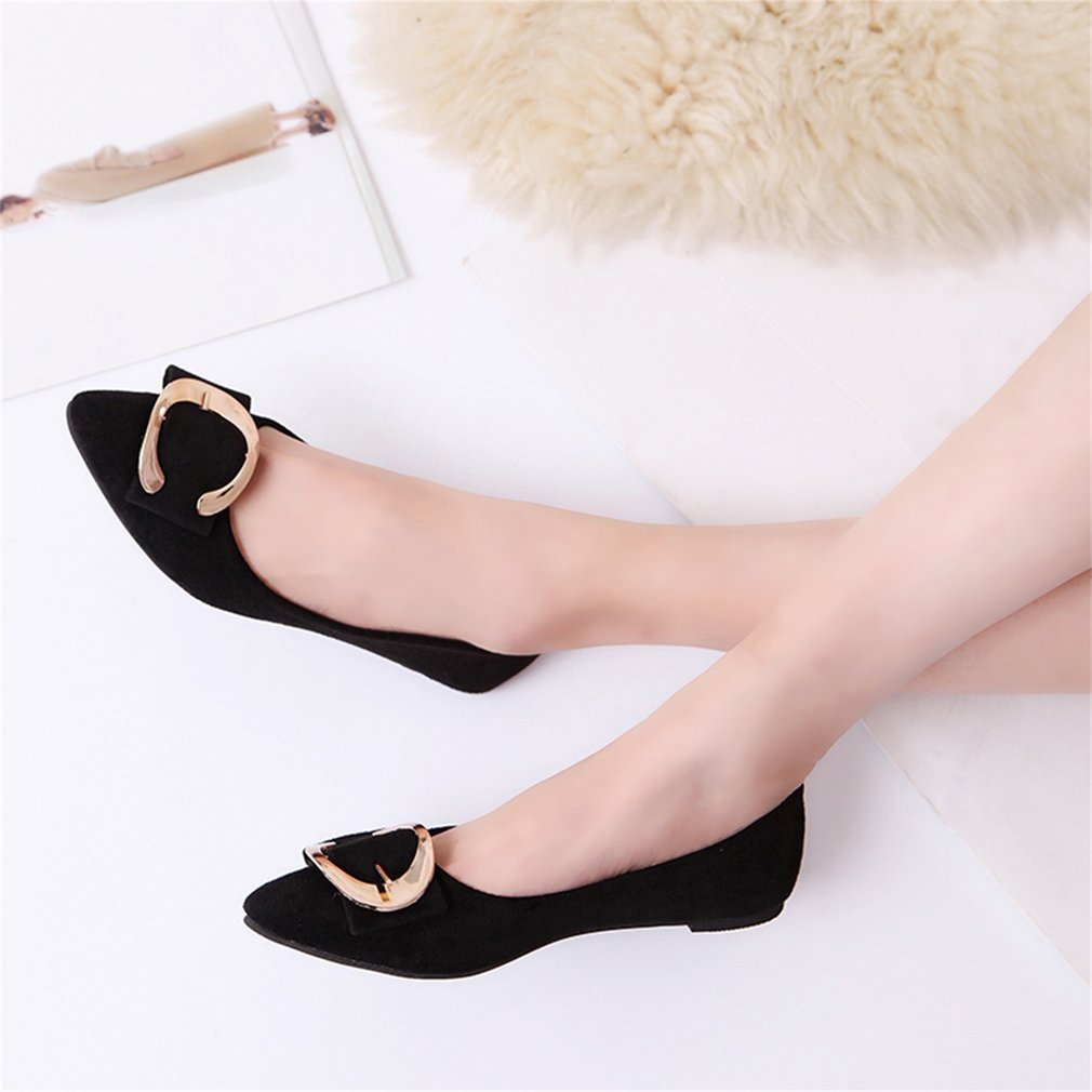 Fashionable Women Scrub Type Flat Shoes Casual Pointed Toe Slip-On Shoes