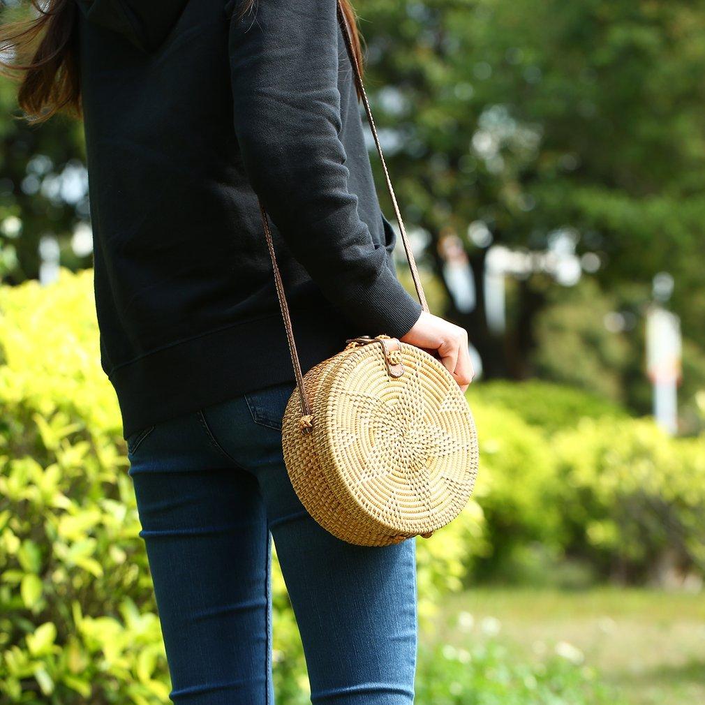 Round Women Handbag Star Pattern Rattan Straw Handwoven Crossbody Female Holiday Beach Tote Circle Bag with Button