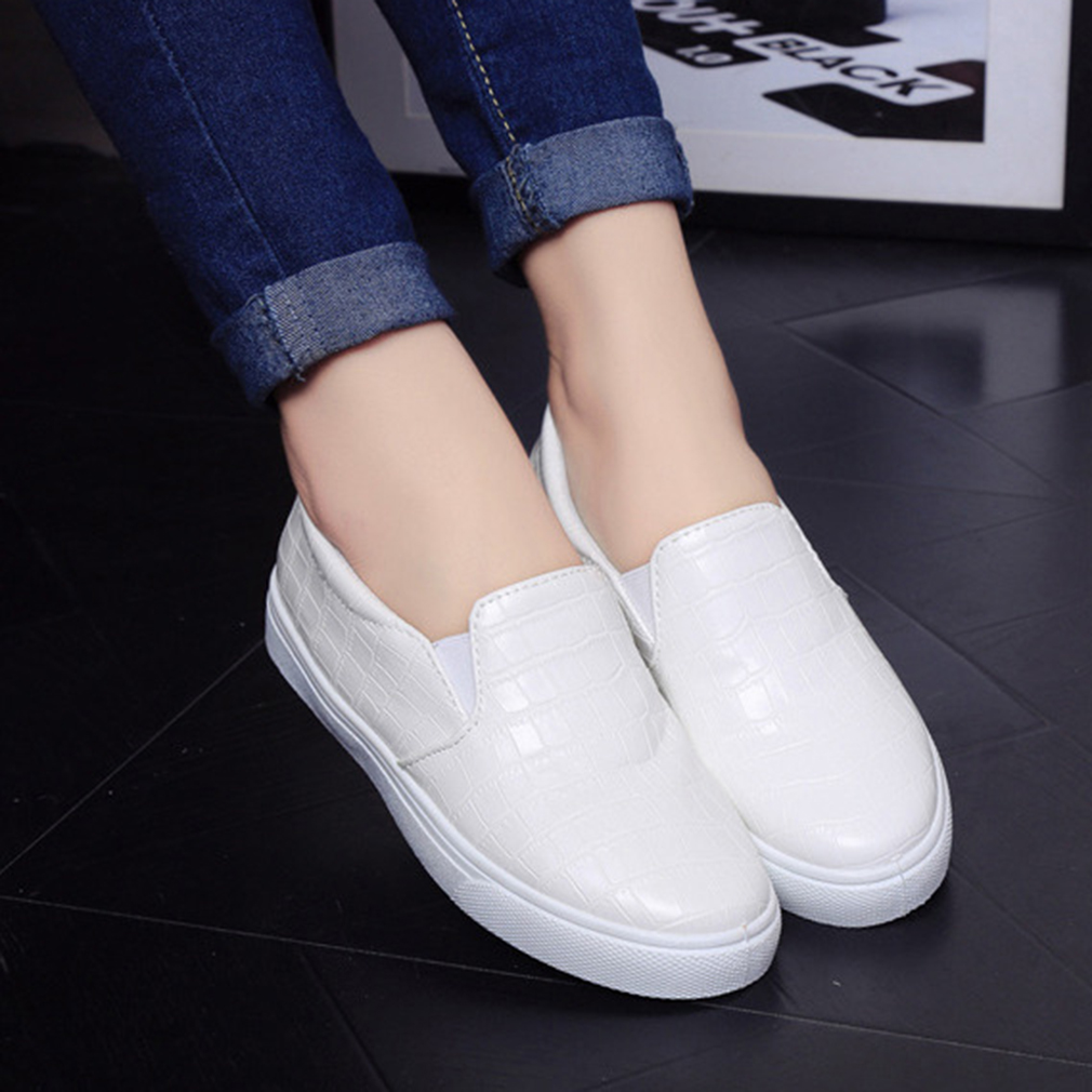 New Fashion Autumn Casual Flats Shoes Women Round Toe Ladies Slip On Shoes
