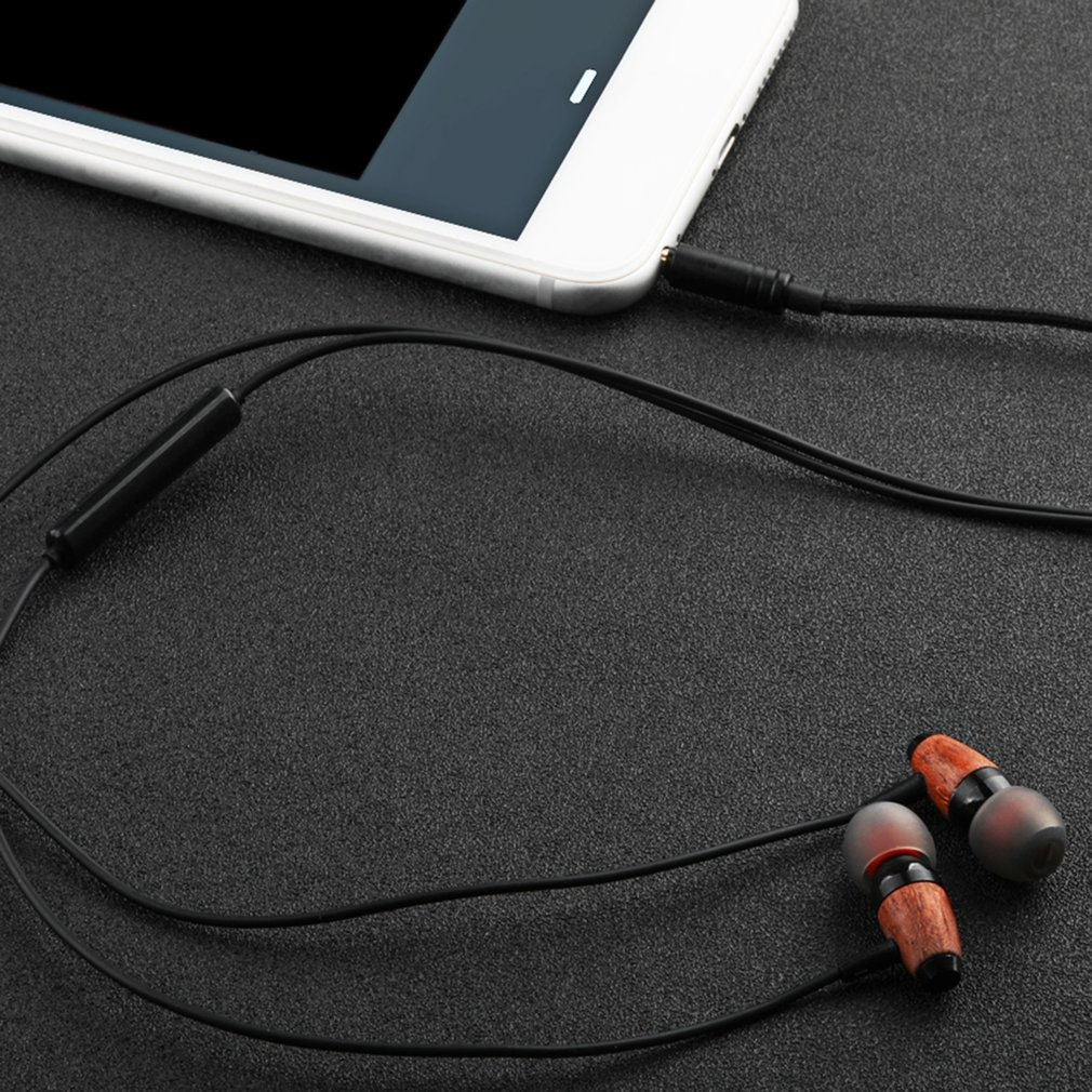 Ergonomic In Ear Earphones Earbuds Super Stereo Bass Earphone With Microphone