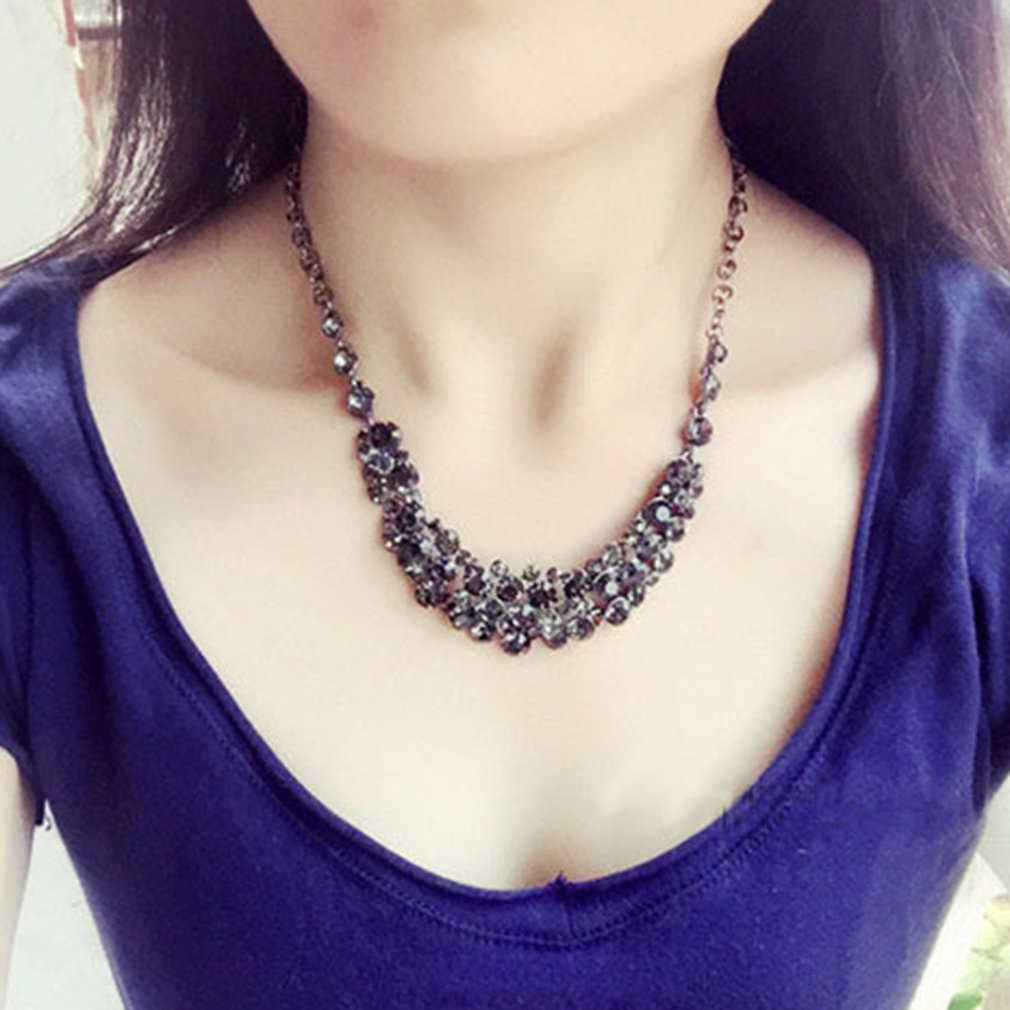 Women's Crystal Simulated Diamond Clavicle Necklace
