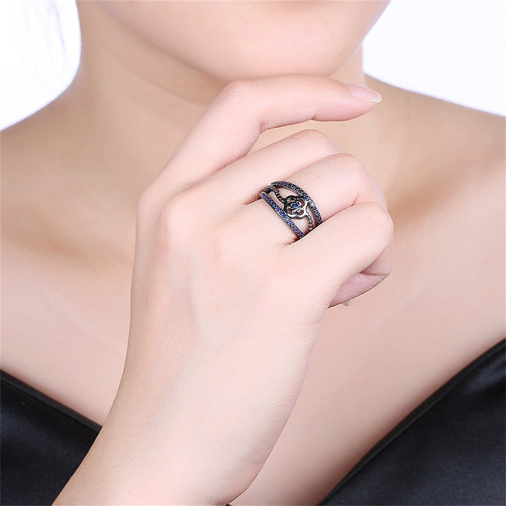 Fashionable Popular Unisex Ring Luxury Zircon Surround Flower Shape Ring