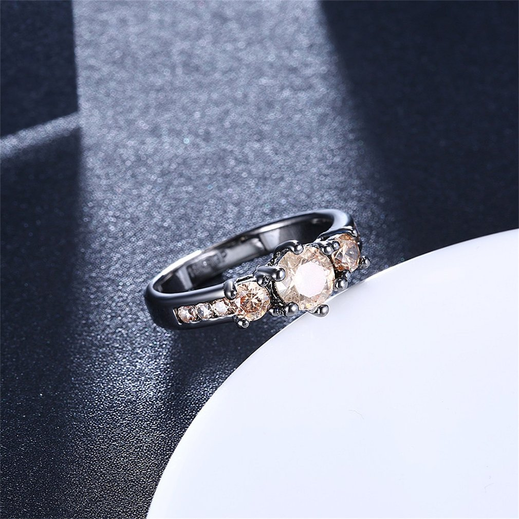 Round Yellow Zircon Surround Finger Rings Female Lady Wedding Ring for Women