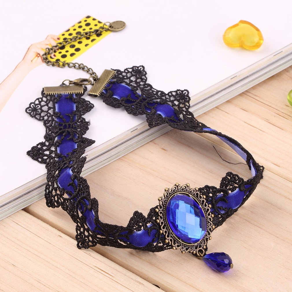 Women Vintage Gothic Lace Inlay Gemstone Pendant Statement Necklace Choker