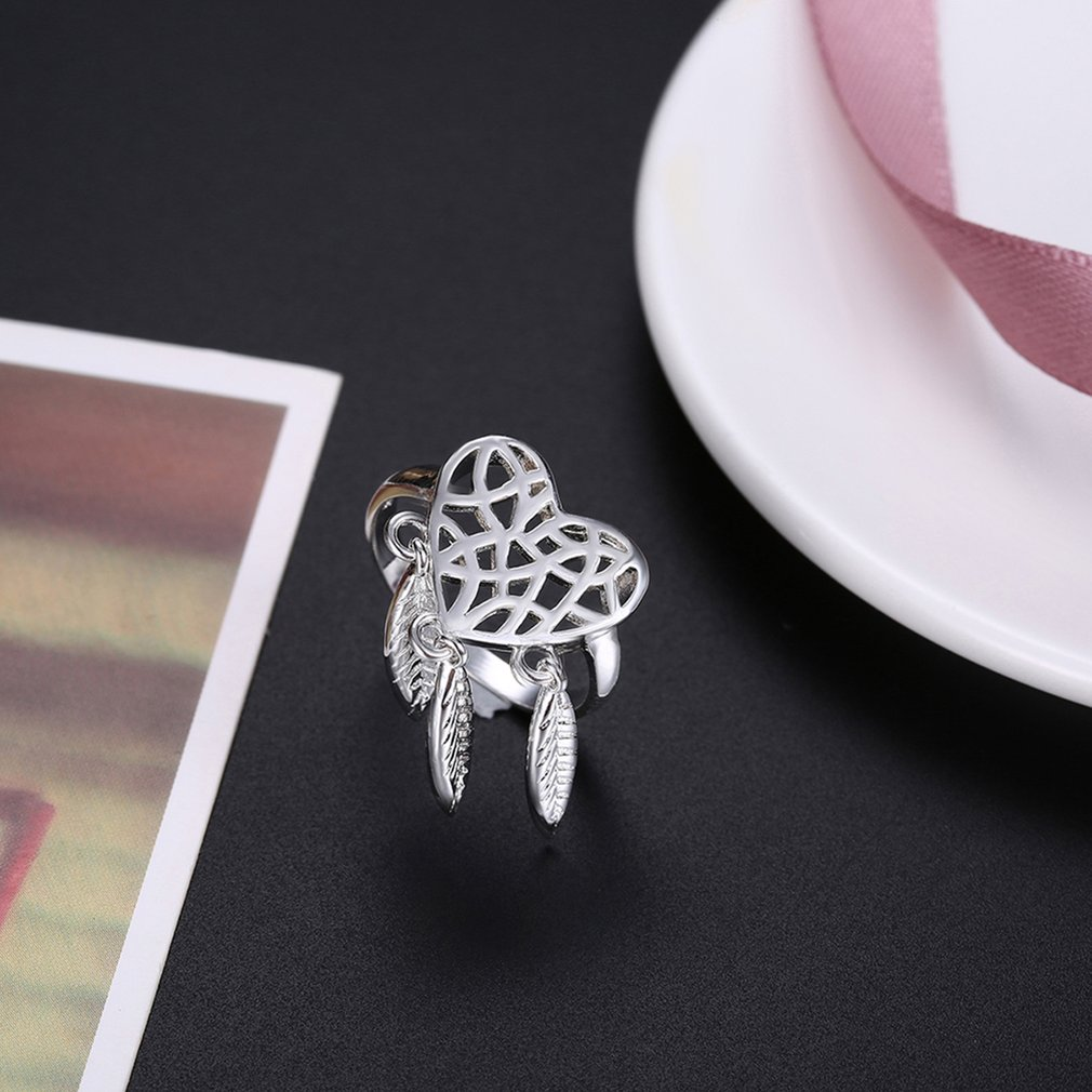 Christmas Gift Trendy Hollow Out Heart Women Refinement Finger Ring Jewelry
